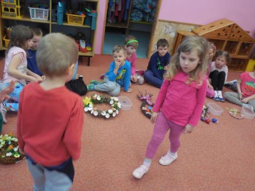 Velikonoční věneček - tvořivá soutěž pro rodiče s dětmi